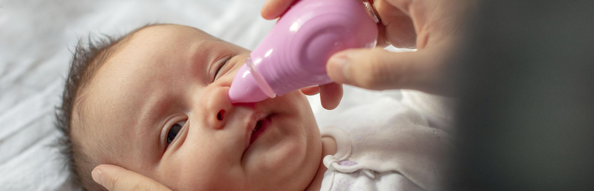 Sem mistério: aprenda a limpar o nariz de bebê recém-nascido